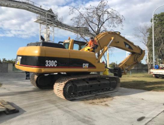 CAT 330 Hydraulic Excavator